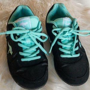 KangaRoos Teal & Black Sneakers sz 6